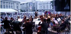 """Verdi, Puccini, Donizetti, Ceaikovski, în aer liber, în Piaţa Festivalului """"George Enescu"""""""