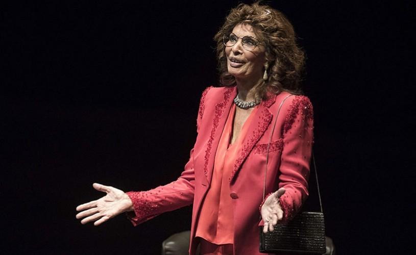 Sophia Loren ovaţionată în picioare la Festivalul Lumiere