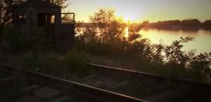 """""""Dacă mă vei lua de bărbat, îţi promit că o să te duc la Bucureşti pe calea ferată"""