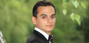Pentru a doua oară în cadrul Stagiunii de marţi seara, pianistul Alin Dumitrescu
