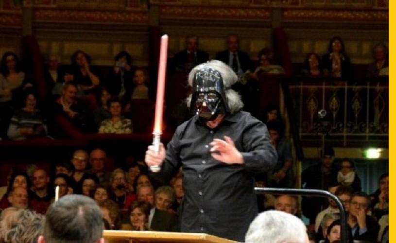 Darth Vader, pe scena Ateneului. Dirijorul Horia Andreescu a intrat în pielea faimosuloui personaj