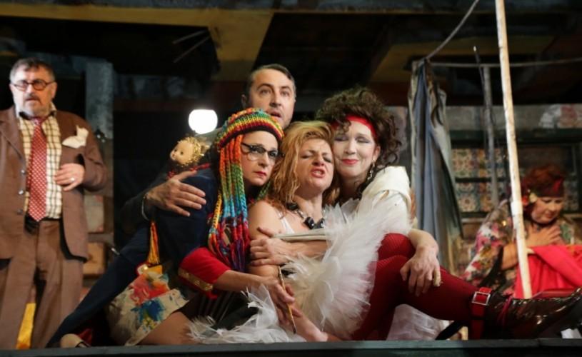 """""""Familie de artiști"""", un spectacol despre iubire și solidaritate, la Teatrul Nottara"""