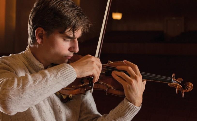 Vlad Stanculeasa va concerta pe o vioară care a aparţinut lui Enescu
