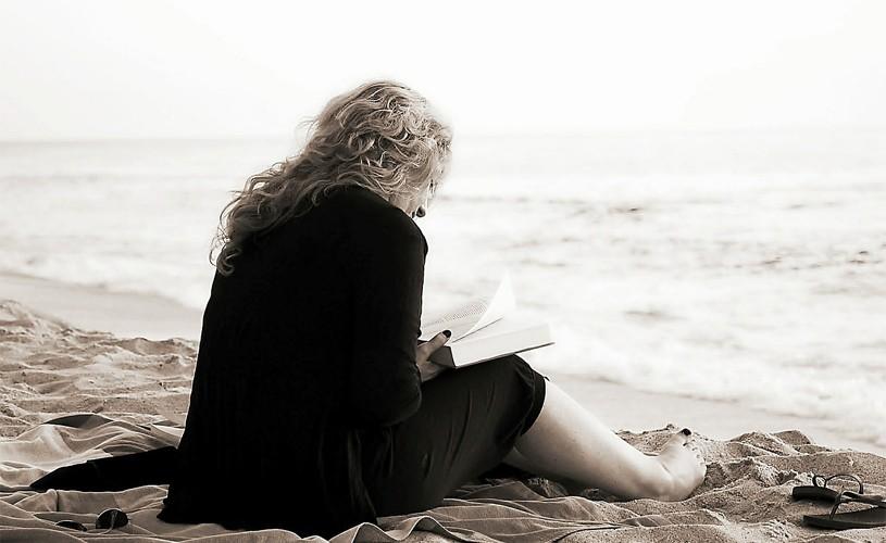 <strong>25 de cărţi</strong> pe care trebuie să le citeşti într-o viaţă