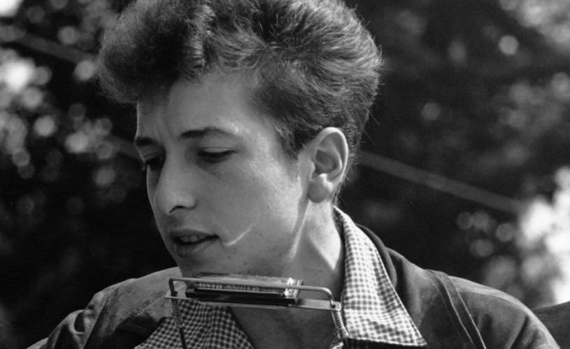 Dan C. Mihăilescu și Dan Byron față în față cu povestea vieții lui Bob Dylan