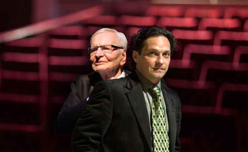 """Teatrul Metropolis împreună cu Asociația Info-Cons au """"O 9 atitudine pentru cultură"""""""
