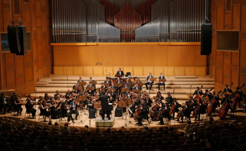 """Laureat al competiţiei internaţionale""""Tibor Varga"""" (Elveţia),JÓZSEF LENDVAY va cânta Paganini la Sala Radio"""