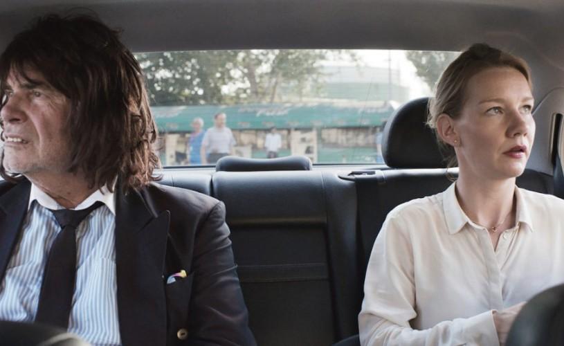 """""""TONI ERDMANN"""", câștigător al Premiului Criticii la Cannes, din toamnă în cinematografe"""