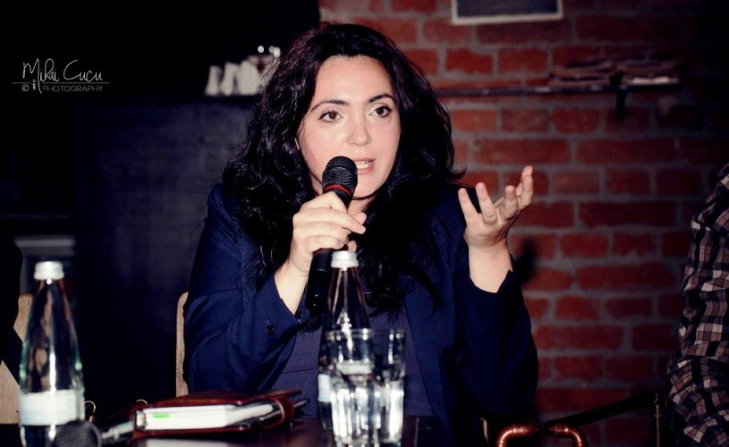 """Andreea Răsuceanu: """"Descriind oraşul, fiecare scriitor şi-a făcut propriul portret"""""""