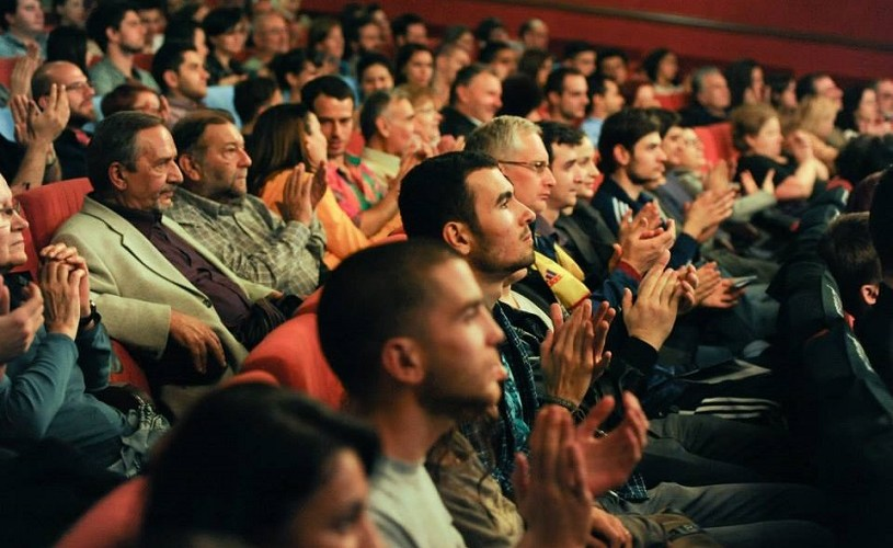 Agenții lui Pierce Brosnan și Jude Law, la conferința Managing Talents. Les Films de Cannes à Bucarest