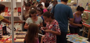 """Târgul """"Gaudeamus Carte școlară"""", deschis până pe 25 septembrie"""
