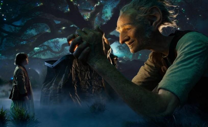 """The BFG"". Spielberg magicianul"