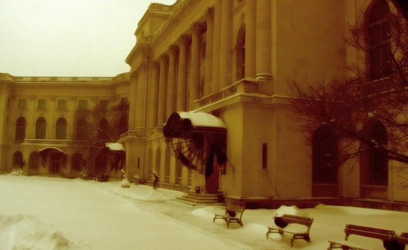 Casă boierească – palat domnesc – muzeu de artă