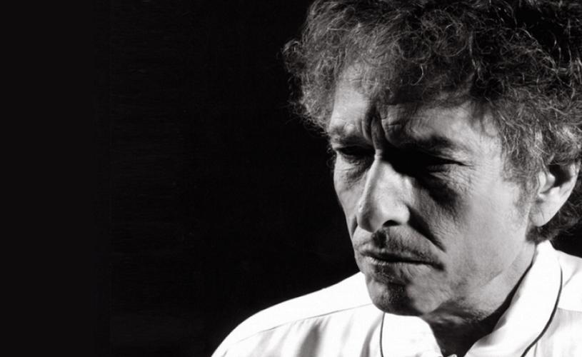 """Câți bani poate pierde Bob Dylan pentru tăcerea sa """"arogantă"""""""