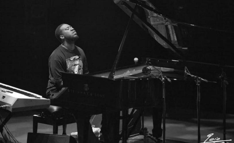 Pianistul american Robert Glasper – de la Casa Albă la București și Cluj-Napoca