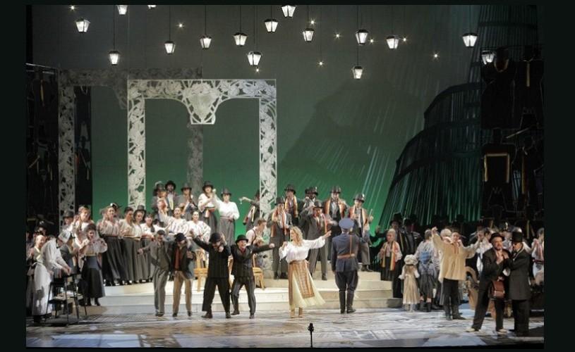 """Spectacolul  """"O scrisoare pierdută"""" revine pe scena Operei Naţionale Bucureşti"""