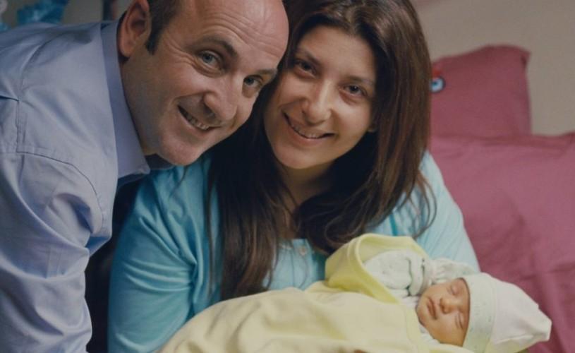 """""""Album de familie"""", câștigătorul premiului Heart of Sarajevo, în cinematografe"""