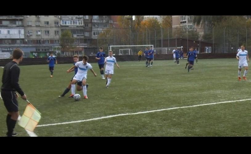 Viață, generații, fotbal. Lumea lui Dede's