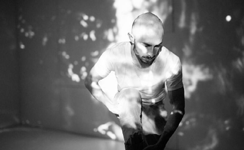 """,,Dorian"""" – dans contemporan pe muzică de sfârșit de lume"""