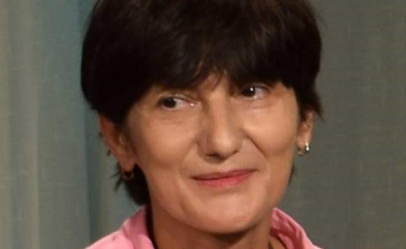 """Despre noile practici scenice și """"Regia Românească, de la act de interpretare la practici colaborative"""""""