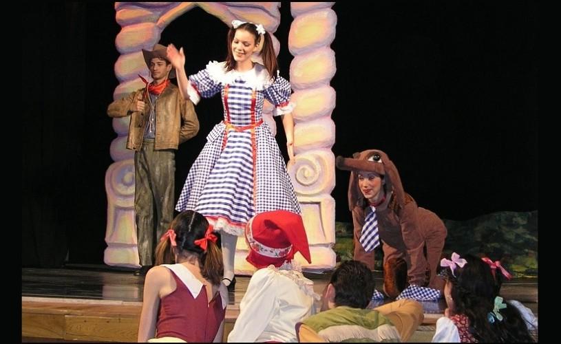 Premiera la Opera Comica pentru Copii cu musicalul Micuta Dorothy
