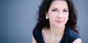 Seratele muzicale Opera FANtastica la Muzeul Colecţiilor de Artă: Luminița Arvunescu în dialog cu Laura Tătulescu