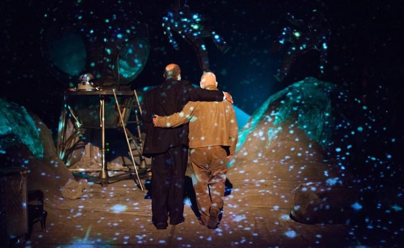Rendez-vous pe Lună la Teatrul Mic sau despre visuri neîmplinite