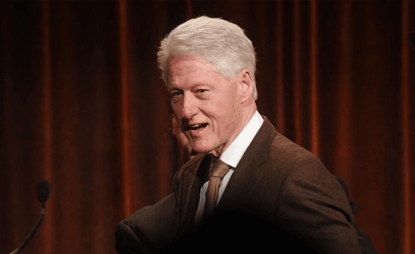 Bill Clinton a scris un roman de ficțiune împreună cu James Patterson