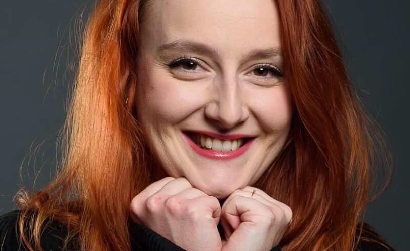 """Ana Bianca Popescu: """"Aștept oamenii să vină la teatru și să le dea credit actorilor tineri"""""""