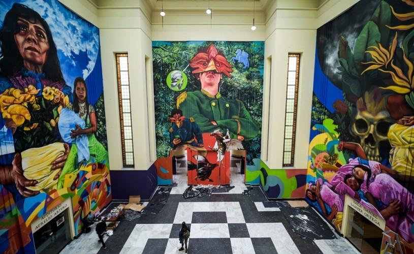 """""""Un veac de singurătate"""", aniversat printr-o serie de picturi murale"""