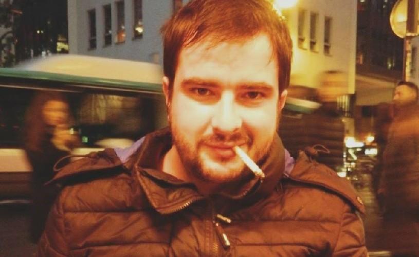 """Dan Ciupureanu, scriitor stabilit la Paris: """"Problema în România e că nu se citește"""""""