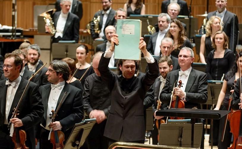 Opera Oedipe răsună de la Bucureşti la Londra, sub bagheta lui Vladimir Jurowski