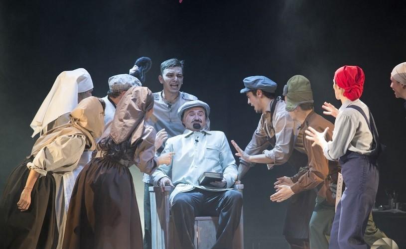 Ciudata apariție a lui Lenin, la teatru, la București, pe 25 octombrie