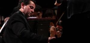 Pianistul Horia Mihail revine la Sala Radio, alături de Orchestra de Cameră Radio