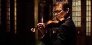 Alexandru Tomescu, recital cu vioara Stradivarius la Casa Artelor