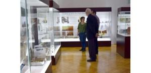 Expoziție cu podoabe vechi de aproape 8.000 de ani