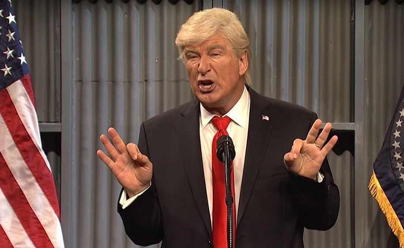 """""""A Christmas Carol"""", cu Alec Baldwin în rolul lui Trump"""