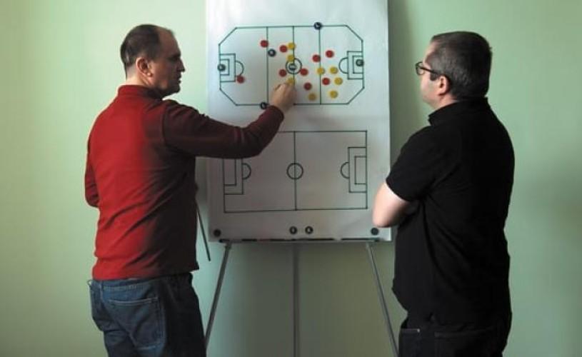 """Corneliu Porumboiu, despre """"Fotbal infinit"""": """"Am încercat să fiu foarte liber"""""""