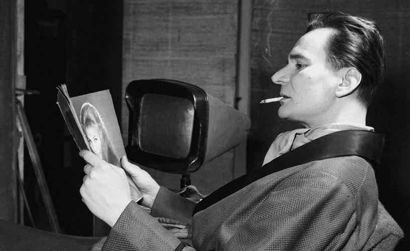 Tablouri, mobilier și cărţi rare care i-au aparţinut actorului Radu Beligan, scoase la licitaţie