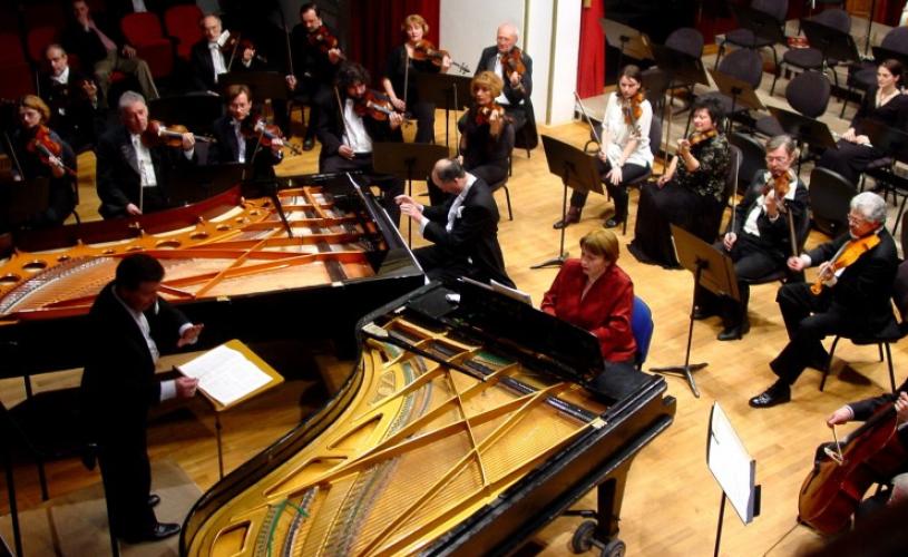 Strălucirea muzicii lui Chopin în interpretarea pianistei Dana Borșan