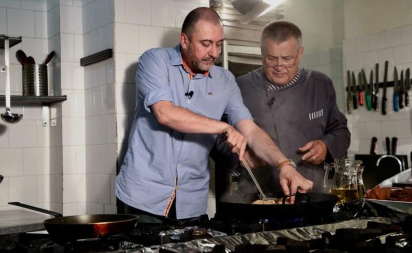 Un fin intelectual de la TVR, în bucătăria lui Dinescu