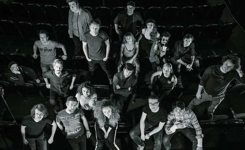 """Adolescența furată în """"Deșteptarea primăverii"""", la Teatrul Mic"""