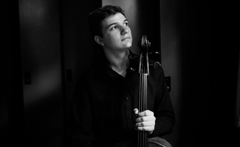 """Dirijorul Christian Badea şi câștigătorul Concursului Ceaikovski2015 revinla Filarmonica""""George Enescu"""""""