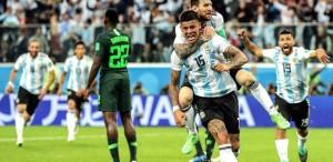 Dreptul lui Messi, Mascherano şi turcul. Sau despre Mondialul potecilor care se bifurcă