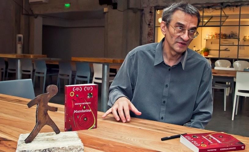 """""""Mandarina"""", de Răzvan Petrescu, cea mai bună proză scurtă în cadrul primei ediții a Premiului Iocan"""