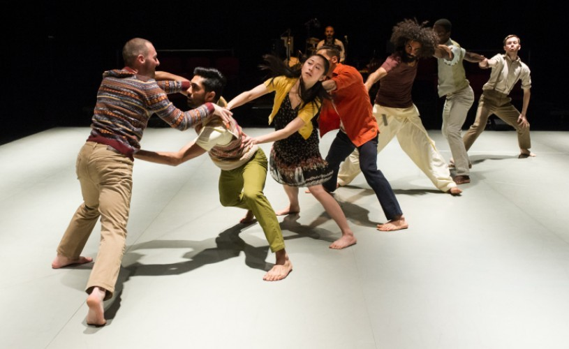 Border Tales: a dance theater performance like a bandage for our wounded multicultural world