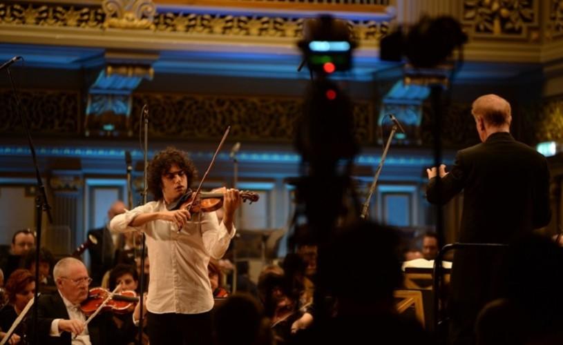 Concursul George Enescu. Doi muzicieni italieni pe locurile II şi III la Secţiunea Vioară. Premiul I nu s-a acordat