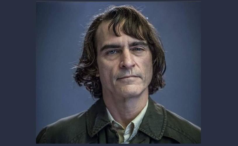 """Au apărut primele poze cu Joaquin Phoenix  în rolul lui """"Joker"""""""