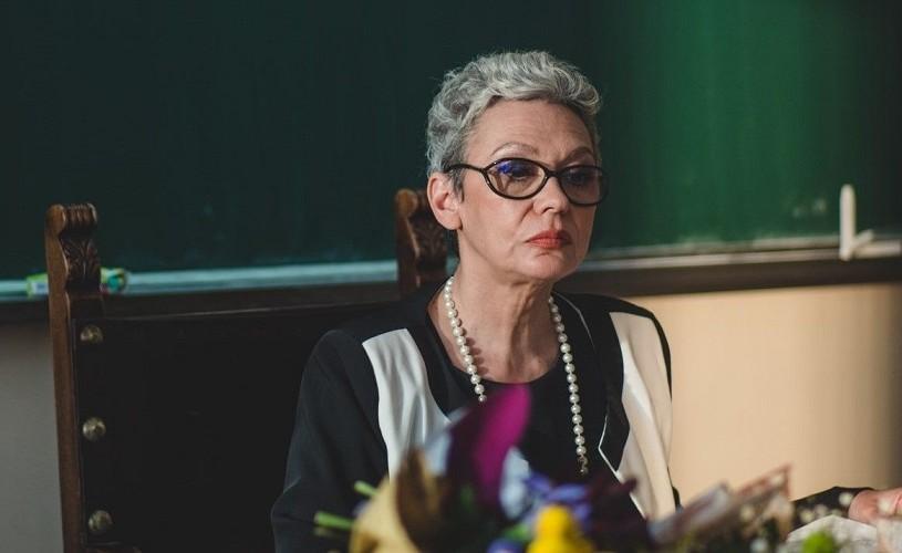 """Oana Pellea este """"diriginta clasei"""", într-un nou serial de comedie"""