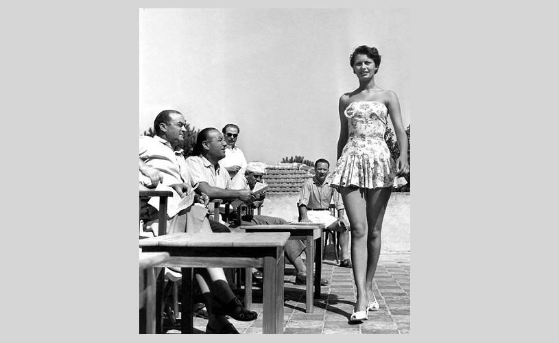 Undeva, cândva… Sophia Loren, în 1950, concurând pentru Miss Italia